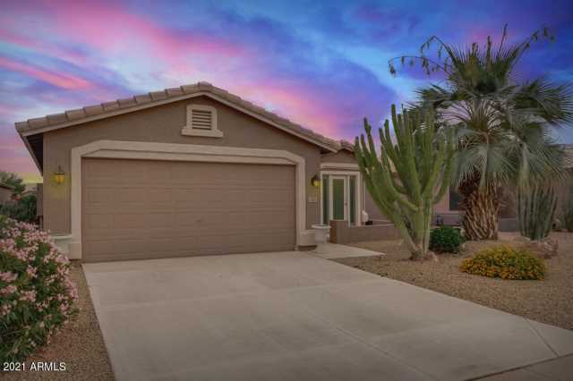 Photo of 1383 E Cherry Hills Drive, Chandler, AZ 85249