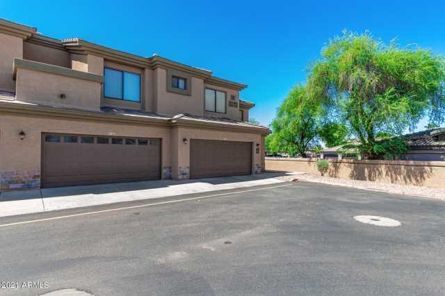 Photo of 705 W QUEEN CREEK Road #1043, Chandler, AZ 85248