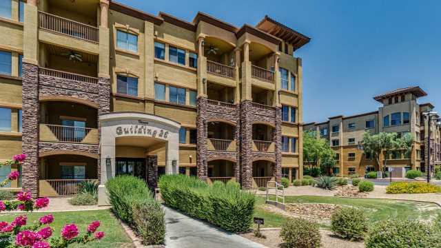Photo of 5350 E DEER VALLEY Drive #1426, Phoenix, AZ 85054