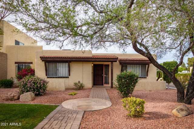 Photo of 1802 W ROSE Lane, Phoenix, AZ 85015