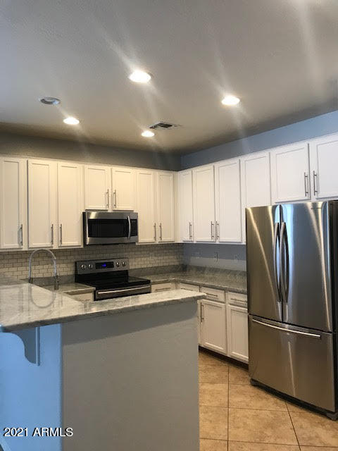 Photo of 17458 W WOODLANDS Avenue, Goodyear, AZ 85338