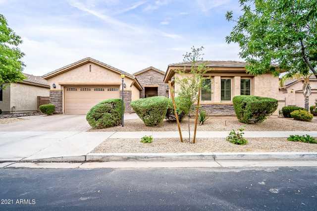 Photo of 2065 E CRESCENT Place, Chandler, AZ 85249