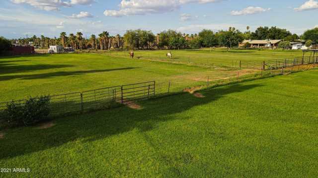 Photo of 7934 W ORANGEWOOD Avenue, Glendale, AZ 85303