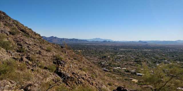 Photo of 5740 E CHENEY Drive, Paradise Valley, AZ 85253