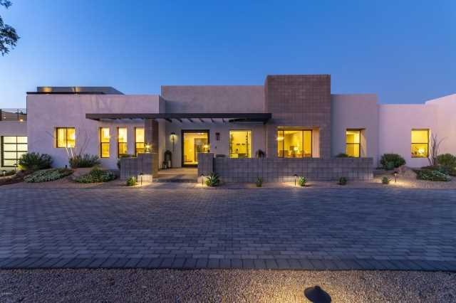 Photo of 6146 E GOLD DUST Avenue, Paradise Valley, AZ 85253