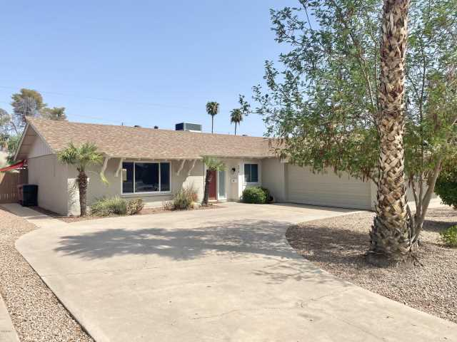 Photo of 8414 E CRESTWOOD Way, Scottsdale, AZ 85250