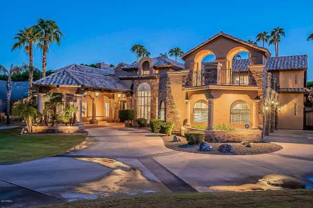 Photo of 3331 E KACHINA Drive, Phoenix, AZ 85044