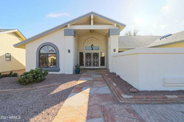 Photo of 13711 W FRANCISCAN Drive, Sun City West, AZ 85375