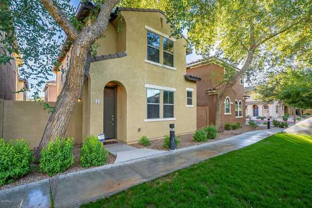 Photo of 451 S HAWES Road #6, Mesa, AZ 85208