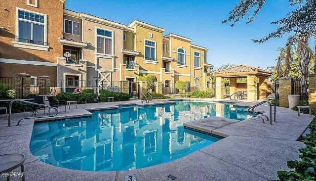 Photo of 2450 W GLENROSA Avenue #47, Phoenix, AZ 85015