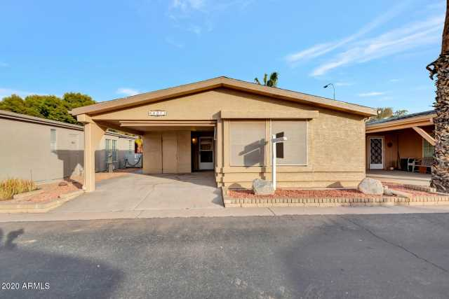 Photo of 6073 S OAKMONT Drive, Chandler, AZ 85249
