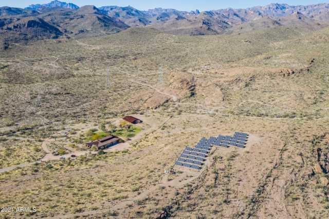 Photo of 1006 E ANGEL BASIN Road, Gold Canyon, AZ 85118