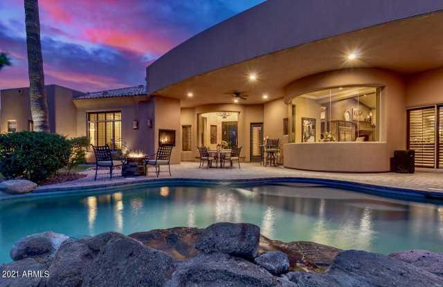 Photo of 3421 S CAMELLIA Place, Chandler, AZ 85248