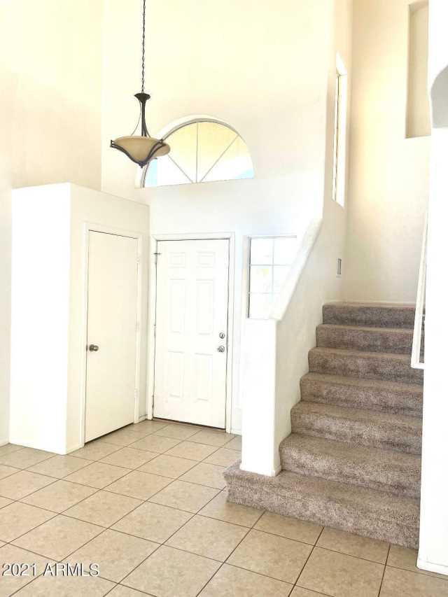 Photo of 17413 N 46th Place, Phoenix, AZ 85032