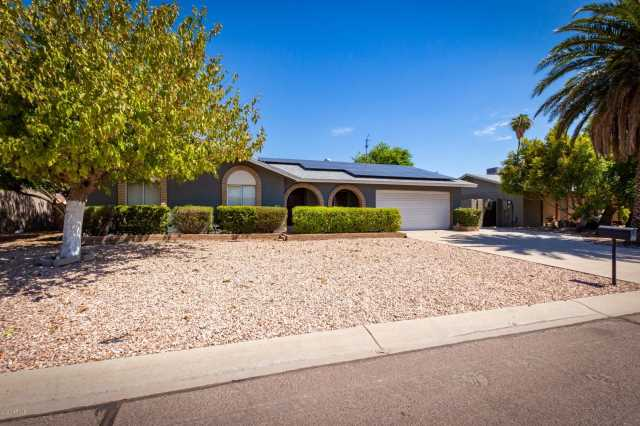 Photo of 614 E CALLE CHULO Road, Goodyear, AZ 85338