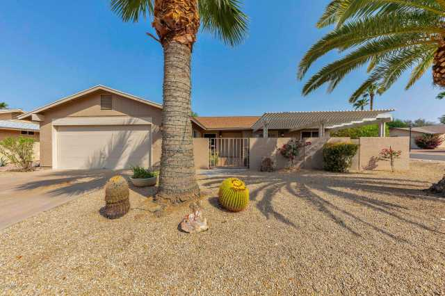 Photo of 954 LEISURE WORLD --, Mesa, AZ 85206