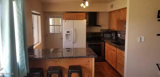 Photo of 8221 E Garfield Street #L213, Scottsdale, AZ 85257
