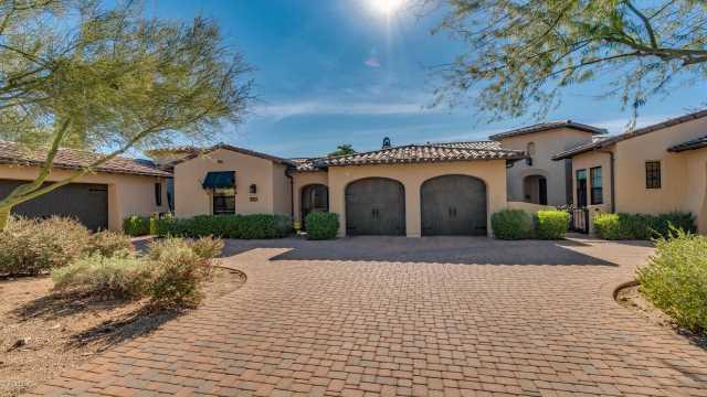 Photo of 9251 E HOVERLAND Road, Scottsdale, AZ 85255
