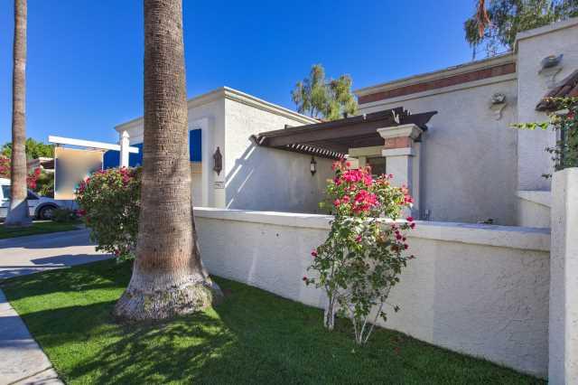 Photo of 9425 S 47TH Place, Phoenix, AZ 85044