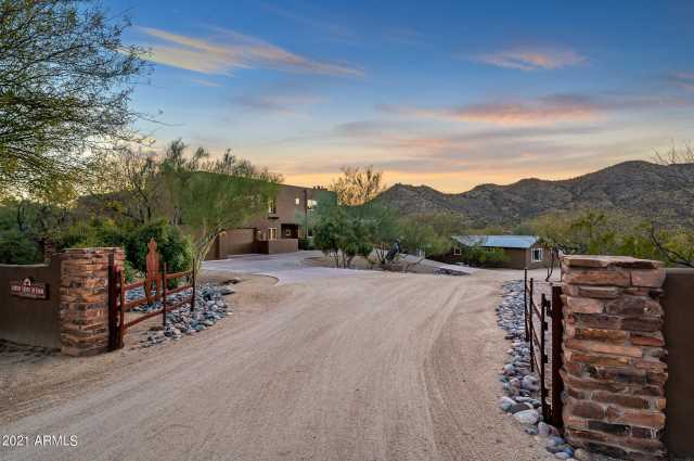Photo of 37660 N RANCHO MANANA Boulevard, Cave Creek, AZ 85331