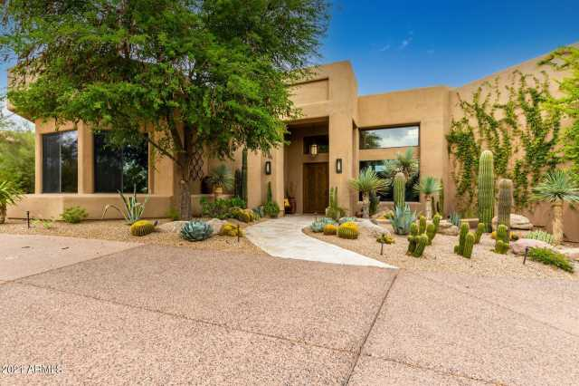 Photo of 10040 E HAPPY VALLEY Road #377, Scottsdale, AZ 85255