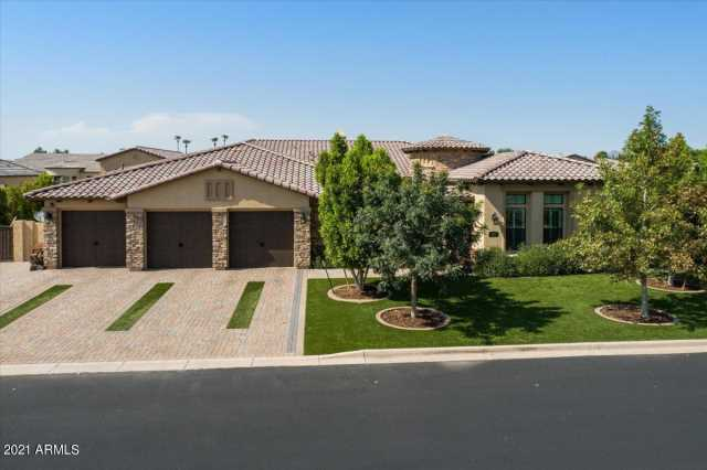 Photo of 3308 E KENWOOD Street, Mesa, AZ 85213