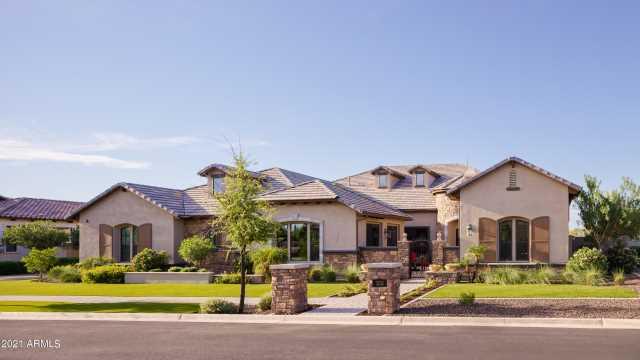 Photo of 3232 E Knoll Circle, Mesa, AZ 85213