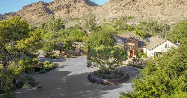 Photo of 5701 E MOCKINGBIRD Lane, Paradise Valley, AZ 85253