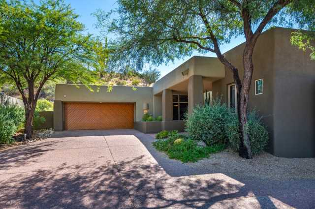Photo of 9939 E Graythorn Drive, Scottsdale, AZ 85262