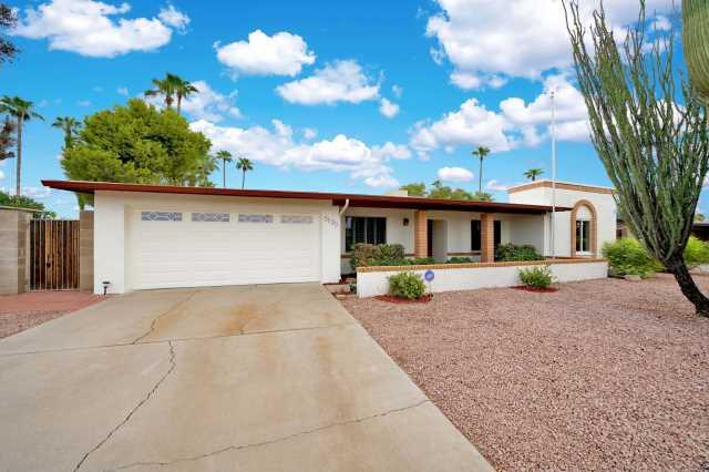 Photo of 5130 E LAUREL Lane, Scottsdale, AZ 85254