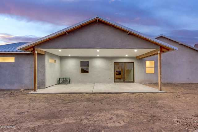 Photo of 5072 E PIONEER Street, Apache Junction, AZ 85119