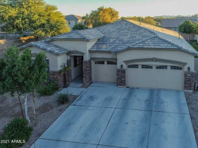 Photo of 7601 W BERRIDGE Lane, Glendale, AZ 85303