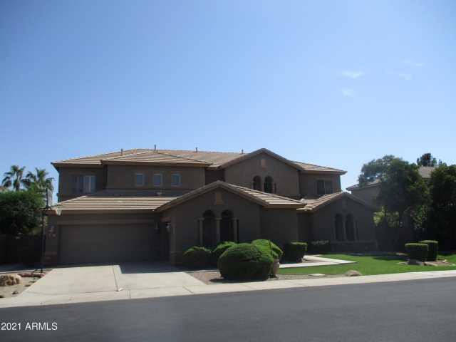 Photo of 2087 E LIBRA Place, Chandler, AZ 85249