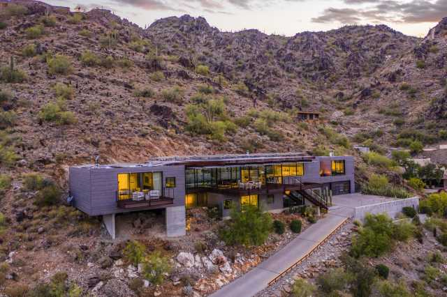 Photo of 7334 N CLEARWATER Parkway, Paradise Valley, AZ 85253