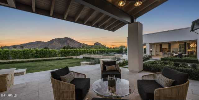 Photo of 6712 N 58TH Place, Paradise Valley, AZ 85253