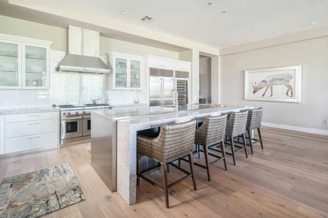 Photo of 2 BILTMORE Estate #107, Phoenix, AZ 85016