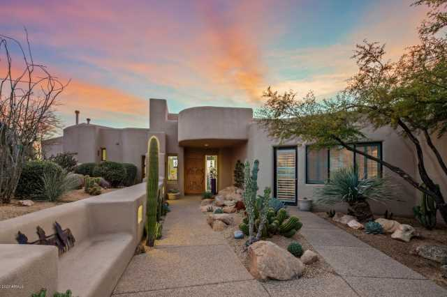 Photo of 10874 E PROSPECT POINT Drive, Scottsdale, AZ 85262