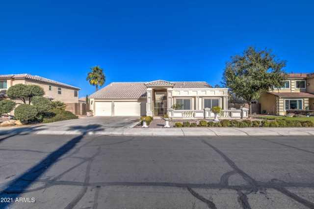 Photo of 2672 E ARABIAN Drive, Gilbert, AZ 85296