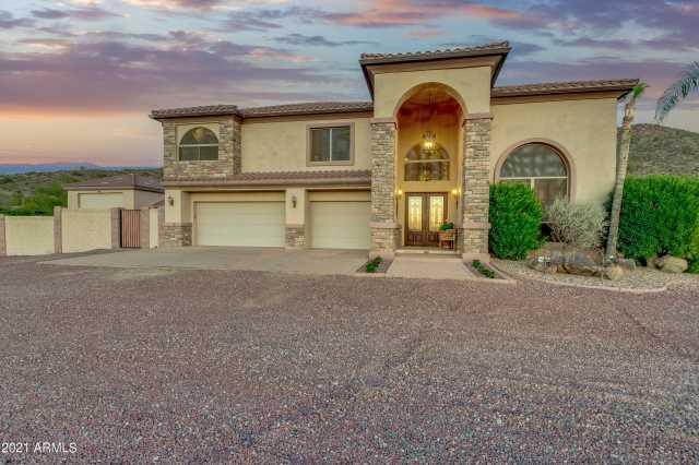 Photo of 9135 W SADDLEHORN Road, Peoria, AZ 85383