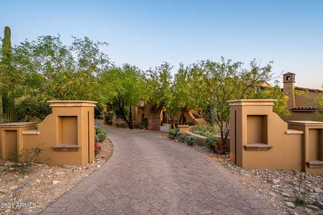 Photo of 10995 E WINGSPAN Way, Scottsdale, AZ 85255
