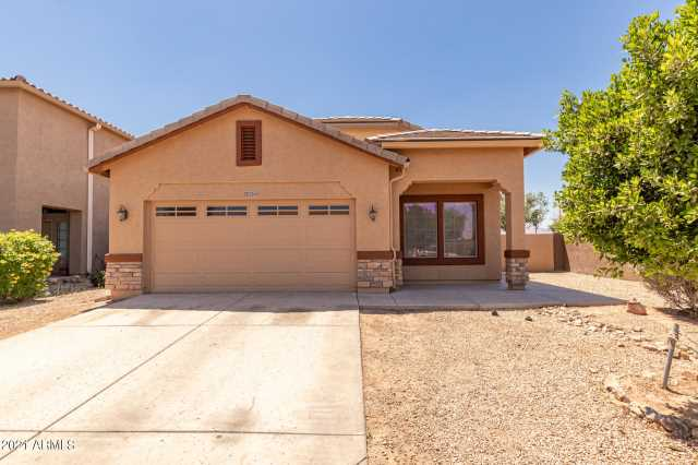 Photo of 10253 W CHIPMAN Road, Tolleson, AZ 85353