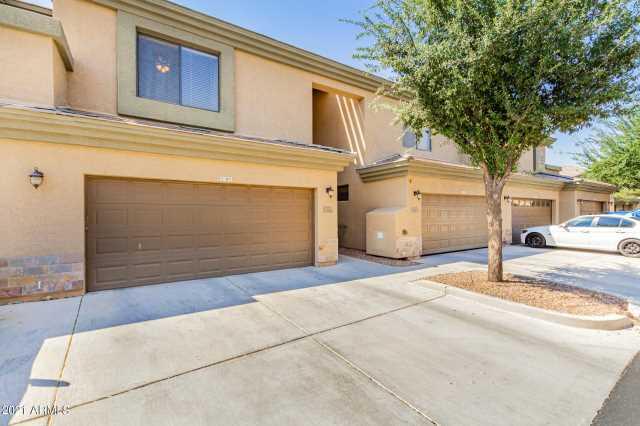 Photo of 705 W QUEEN CREEK Road #1177, Chandler, AZ 85248