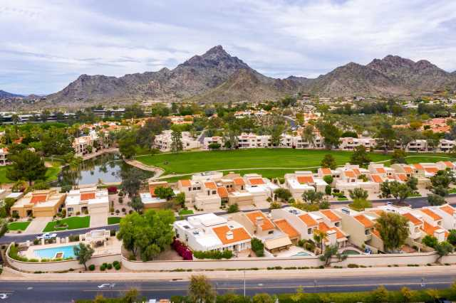 Photo of 2626 E ARIZONA BILTMORE Circle #2, Phoenix, AZ 85016
