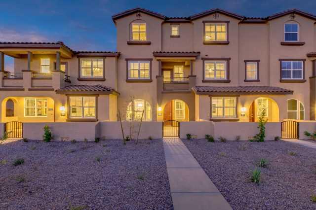 Photo of 1255 N ARIZONA Avenue #1353, Chandler, AZ 85225