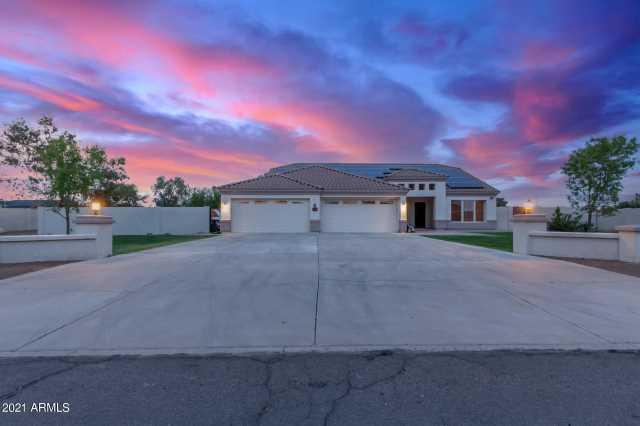 Photo of 3634 W MORROW Drive, Glendale, AZ 85308