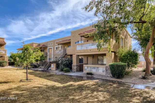 Photo of 303 N MILLER Road #2001, Scottsdale, AZ 85257