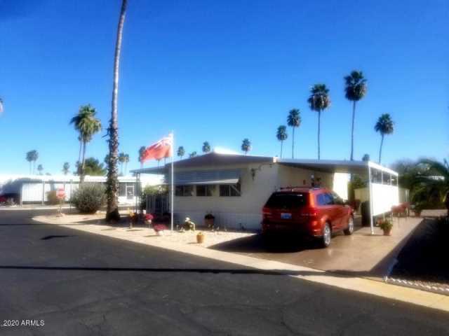 Photo of 303 S Recker Road, Mesa, AZ 85206