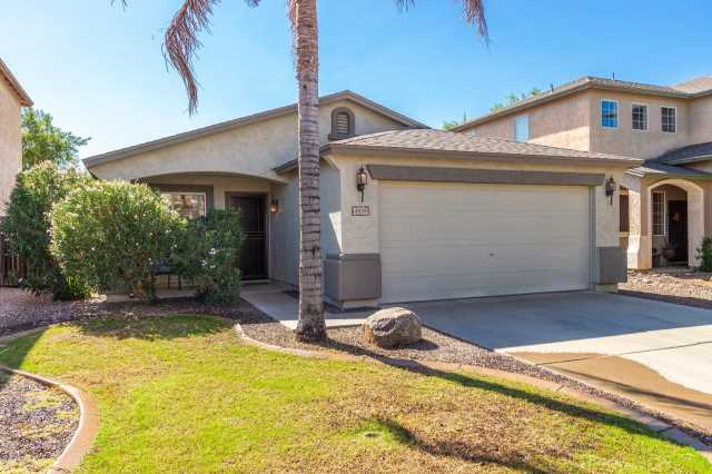 Photo of 4939 E MEADOW LARK Way, San Tan Valley, AZ 85140