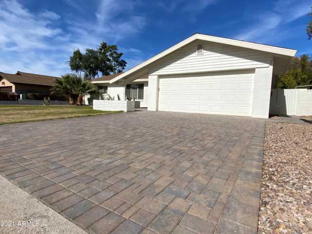 Photo of 8208 E LINCOLN Drive, Scottsdale, AZ 85250