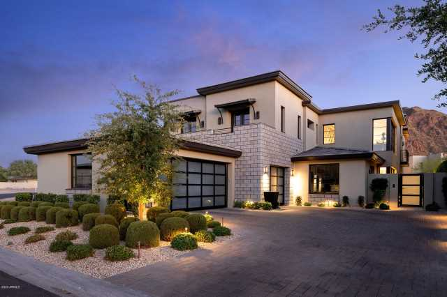 Photo of 5707 E VILLAGE Drive, Paradise Valley, AZ 85253